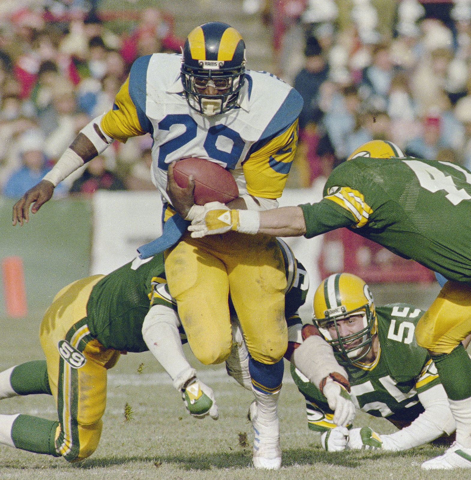Eric-Dickerson-game-Los-Angeles-Rams-Green-1984